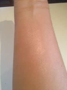 Swatch of MAC Perfect Topping