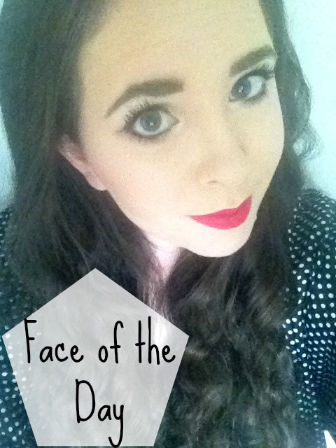 FOTD Face of the day MAC cosmetics Ruby Woo swatch