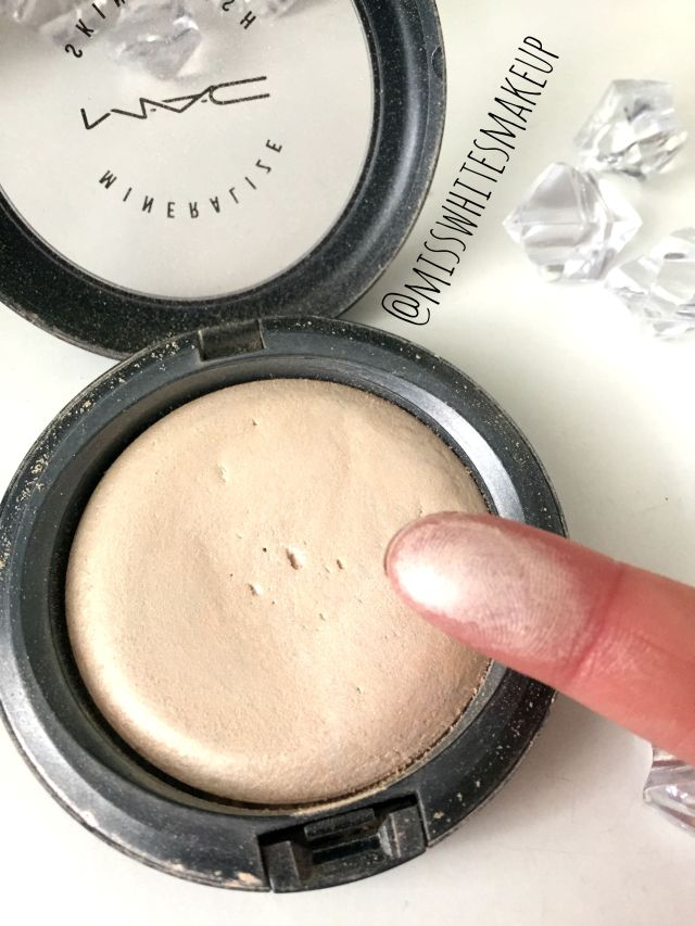 MAC highlighter Mineralise Skin finish Lightscapade