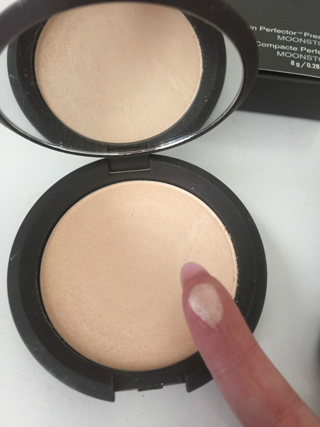 Becca Shimmering Skin Perfector Swatch