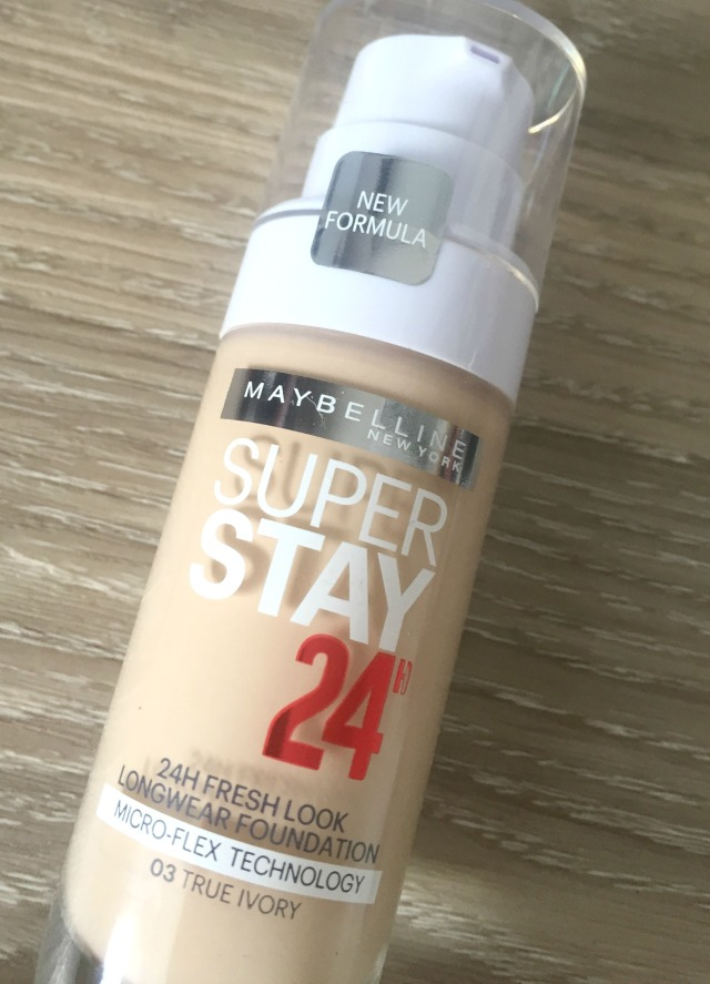 Maybelline Super stay 24 Hour Foundation